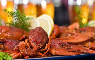 cajun seadood: crawfish