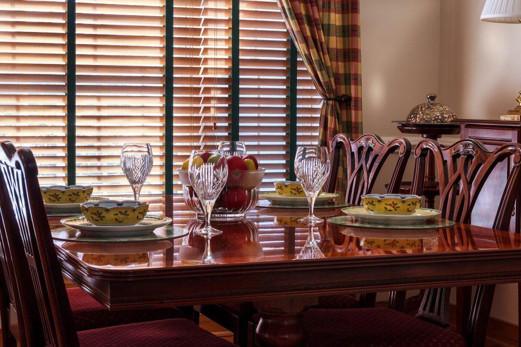 West Broad - Thanksgiving Dinner Basic Tips