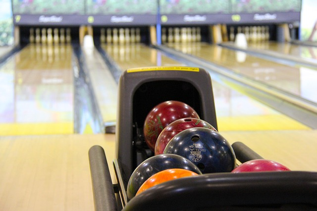 Enjoy the Vintage Bowling Vibes at Bowl America Falls Church